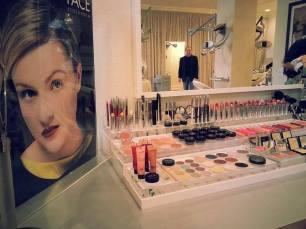 Photography of beauty parlor provided by Mark Thomas Studio.